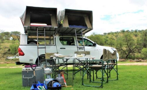 Toyota Hilux (Group GSXA-2 Camping for 3-5 Pax)